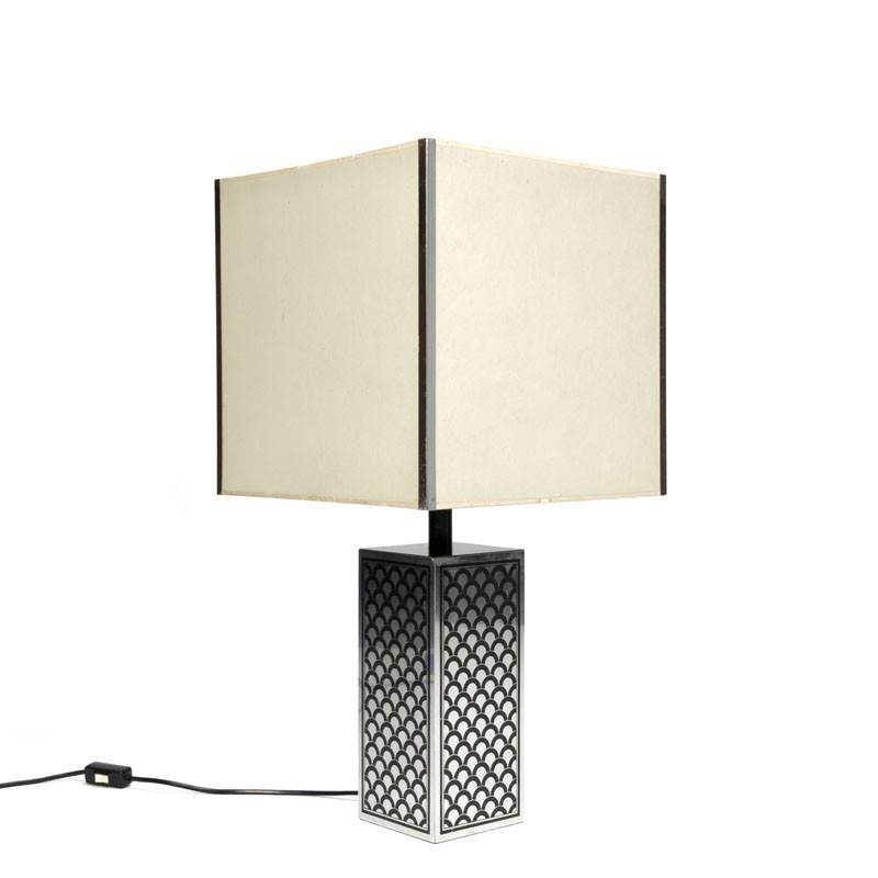 Vintage tafellamp met chroom zwarte voet