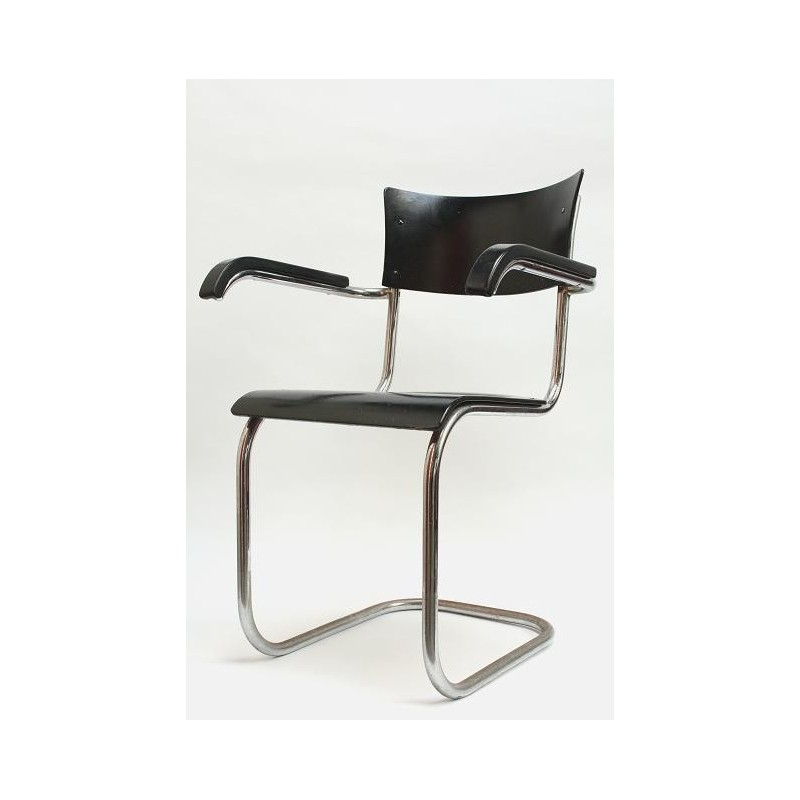 Tube frame chair early model