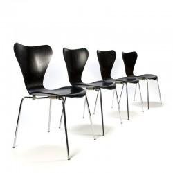 Vintage set 3107 vlinderstoelen ontwerp Arne Jacobsen voor Fritz Hansen