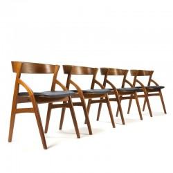 Deense vintage set van 4 Dyrlund stoelen