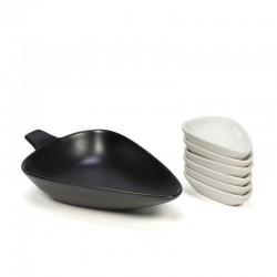 Vintage ceramic peanut set