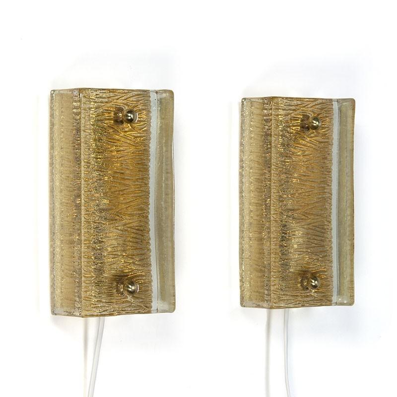Vintage set van 2 Deense glazen wandlampen