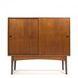 Deens vintage teak smal dressoir