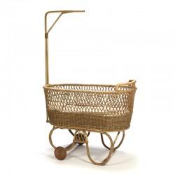 Vintage wieg van bamboe/ rotan jaren vijftig