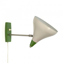 Vintage sixties wall lamp green detail