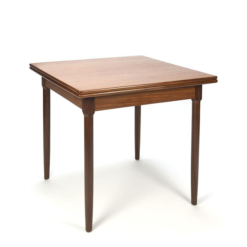 Uitschuifbare Teak Eettafel.Vintage Klein Model Uitschuifbare Teakhouten Eettafel