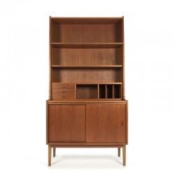 Hoog model vintage Deense boekenkast met secretaire