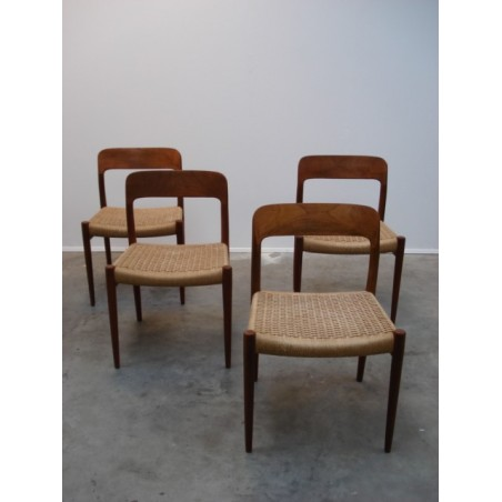 Vintage Set Niels O. Møller stoelen