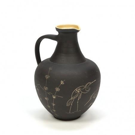 Vintage vaas met afbeelding van kraanvogels