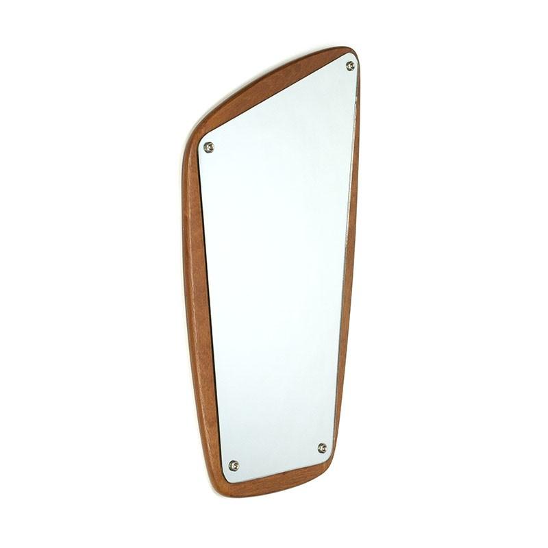 Organisch vormgegeven vintage spiegel Aarhus design