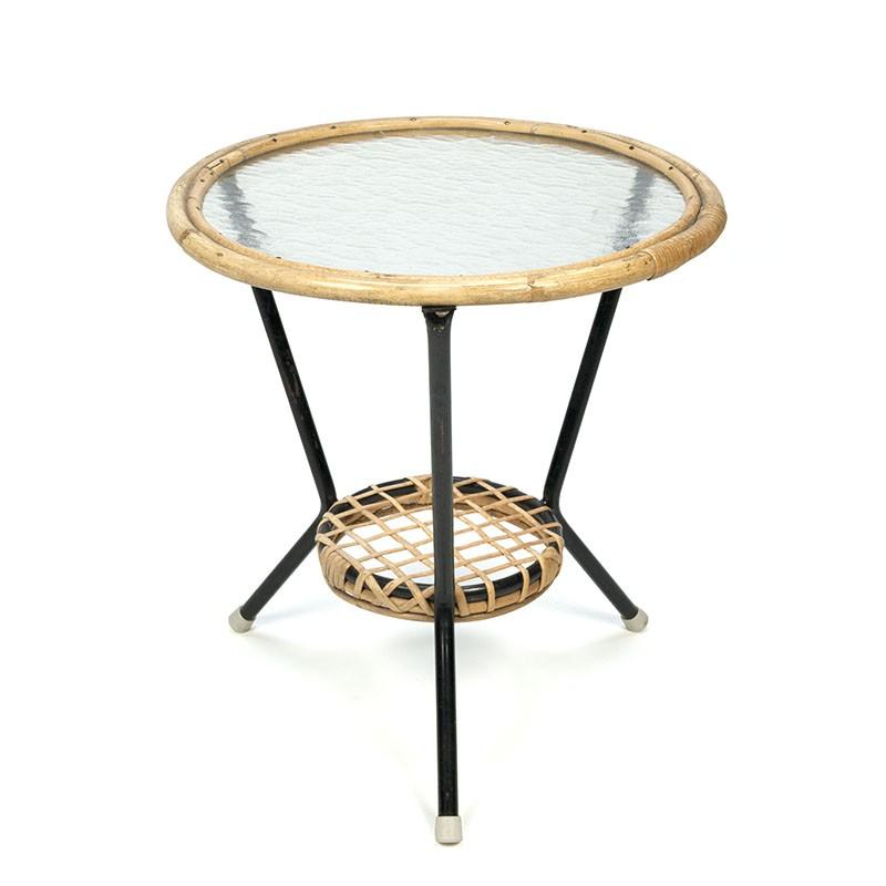 Rotan vintage salontafeltje met glazen blad