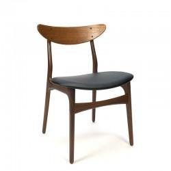 Deense vintage stoel met gebogen rugleuning
