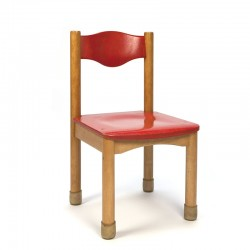 Wooden kindergarten chair with red detail