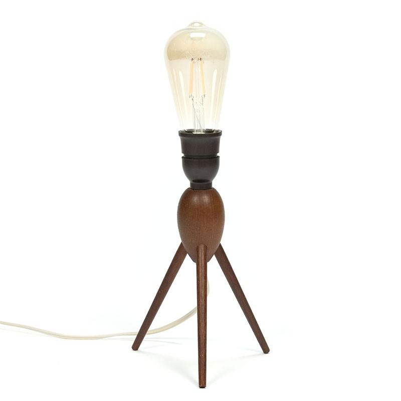 Deense tafellamp met 3 poot in teakhout vintage