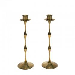 Set of 2 slender vintage candlesticks in brass