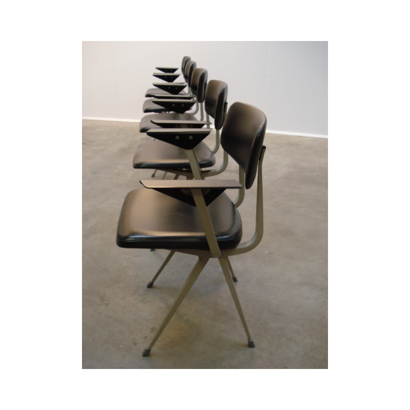 Set of 5 Result chairs