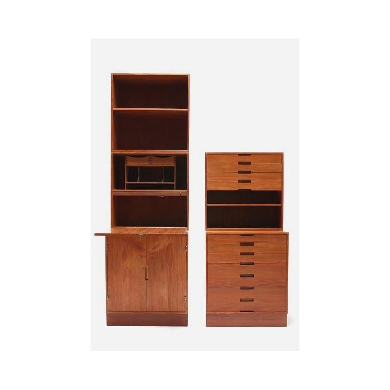 H. Kjaernulf cabinet set