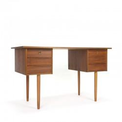 Teakhouten vintage Deens klein model bureau