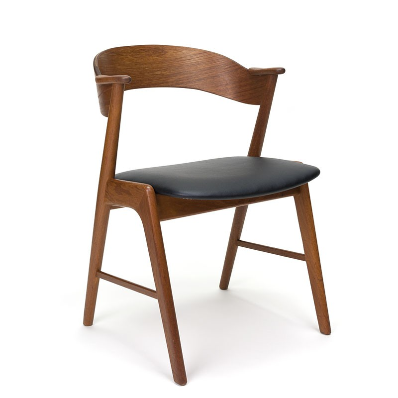 Teak vintage model 32 chair design Kai Kristiansen