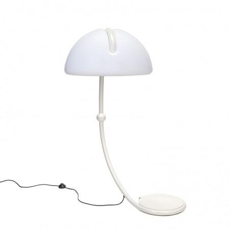 Vintage Serpente vloerlamp ontwerp Elio Martinelli