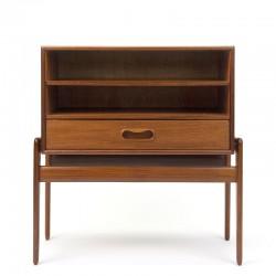 Vintage design nachtkastje ontwerp Arne Vodder voor Vamo