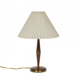 Danish vintage table lamp with base in teak and brass