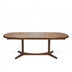 Groot model ovale vintage design eettafel in teakhout