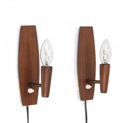 Set van 2 vintage teakhouten wandlampen