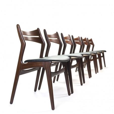 Set of 6 vintage model 310 chairs by Erik Buck