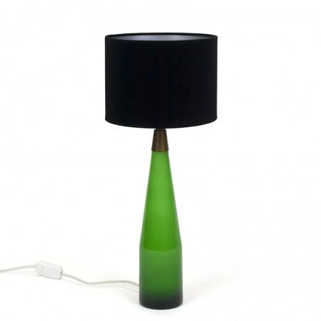Deense vintage tafellamp met groen glazen voet