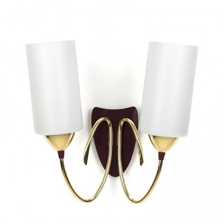 Italiaanse vintage wandlamp met melkglas en messing