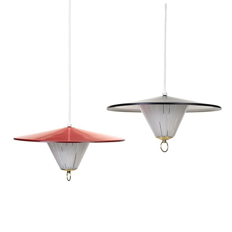 Set vintage hanglampen in rood en zwart