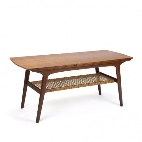 Danish vintage Mid-Century design coffee table in teak