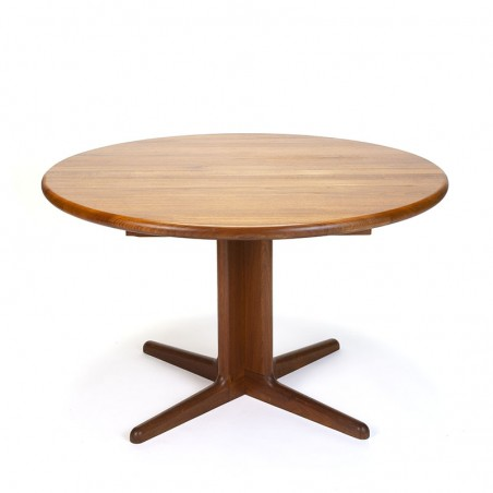 Round extendable vintage dining table on a star base