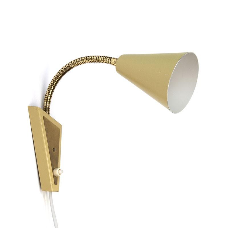 Vintage wandlamp uit de zestiger jaren met verstelbare arm