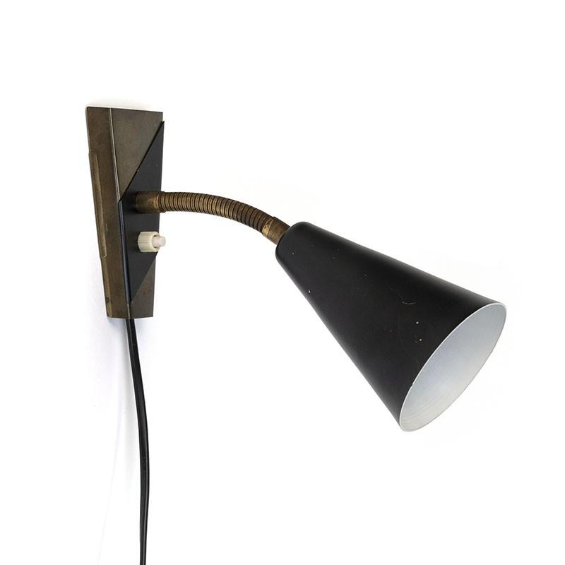 Vintage jaren vijftig wandlamp met zwart kapje