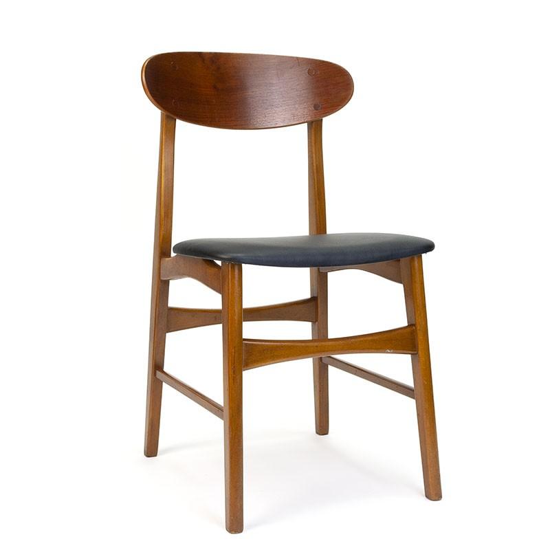 Deense vintage eettafel stoel met ovale rugleuning