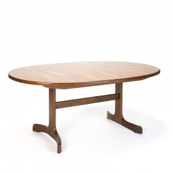 Gplan oval model vintage extendable dining table