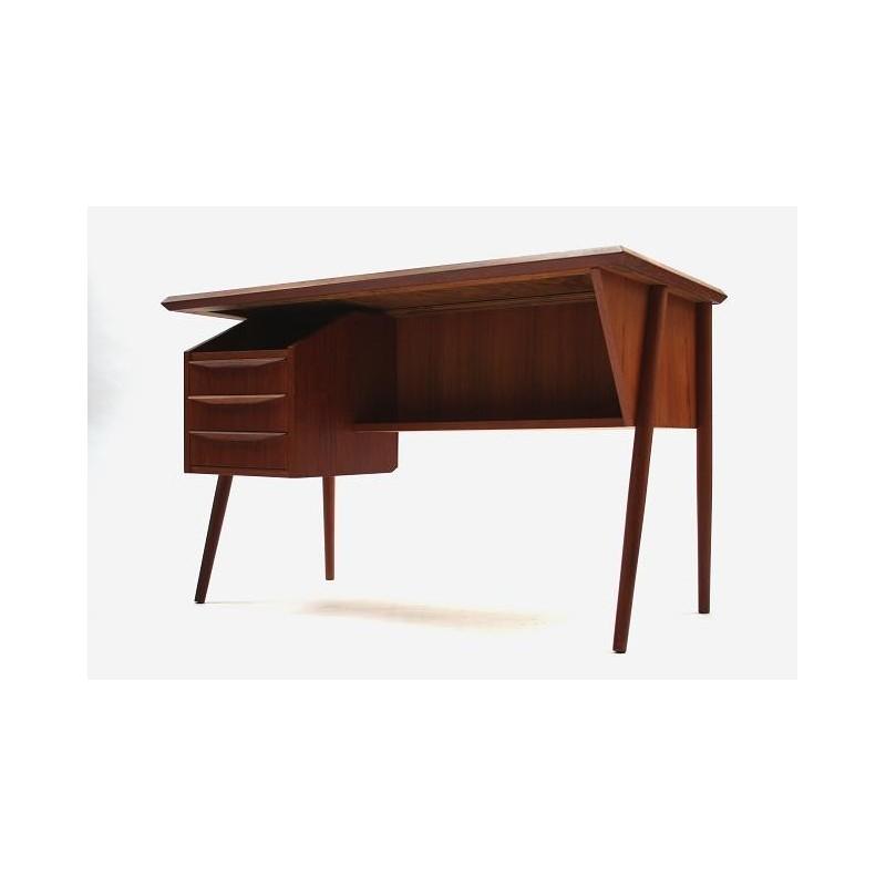 Teak desk from Scnadinavia 2