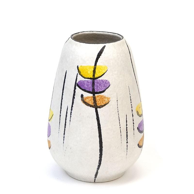 Vintage Bay ceramic vase model 582-17