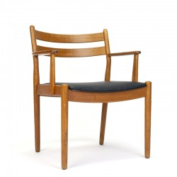 FDB vintage design stoel ontwerp Poul Volther