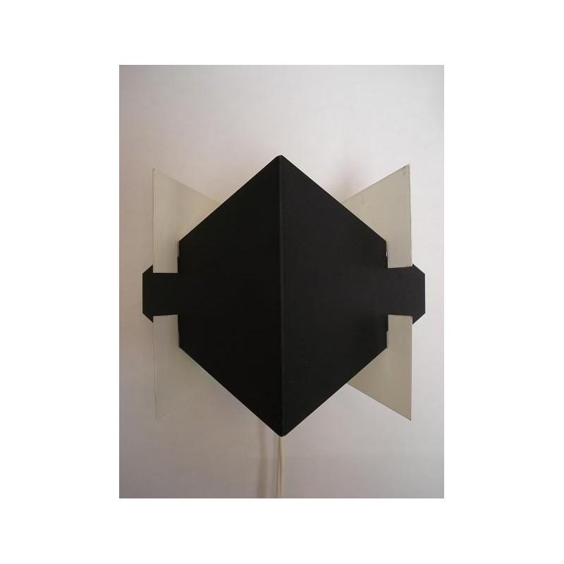 Anvia wall lamp modernistic