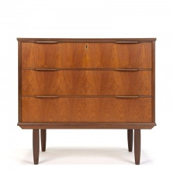 Large model vintage Danish chest of drawers with 3 drawers
