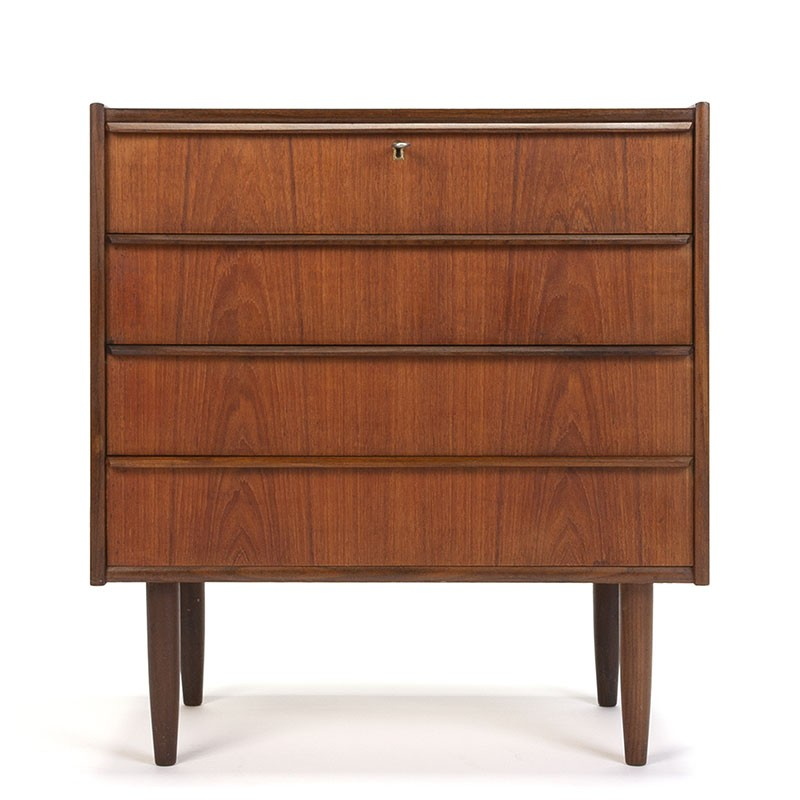 Danish chest of drawers with 4 drawers vintage model