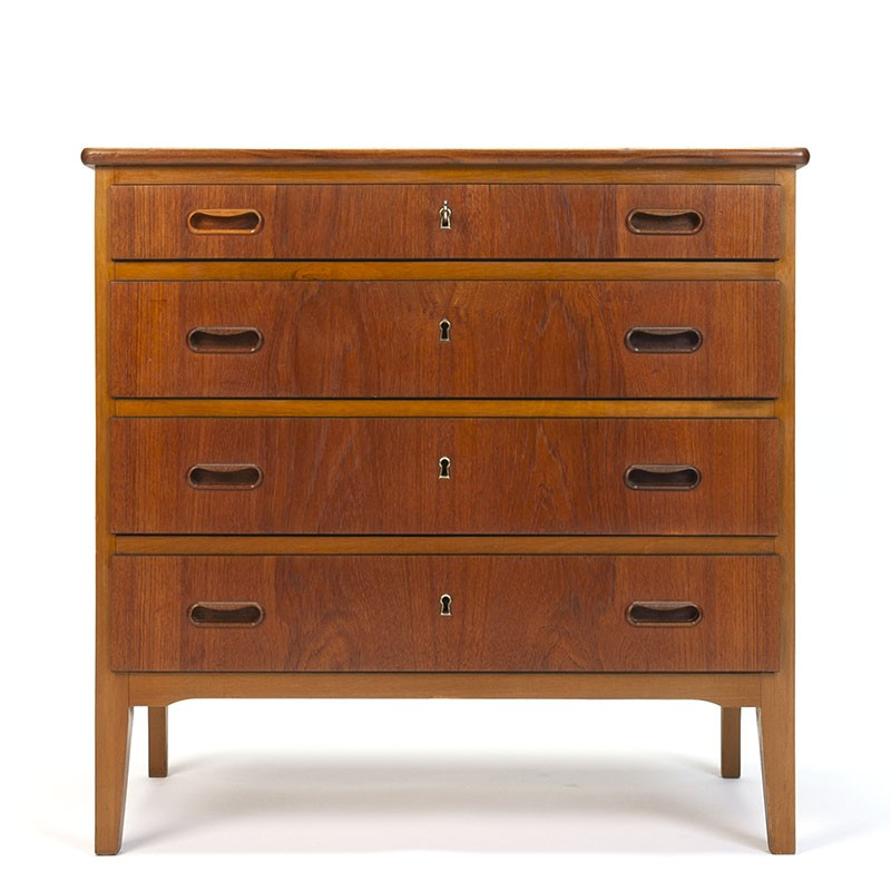 Teak Danish vintage chest of drawers with 4 lockable drawers