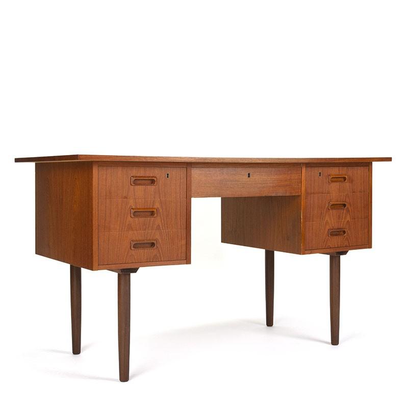 Deens vintage bureau in teakhout jaren zestig