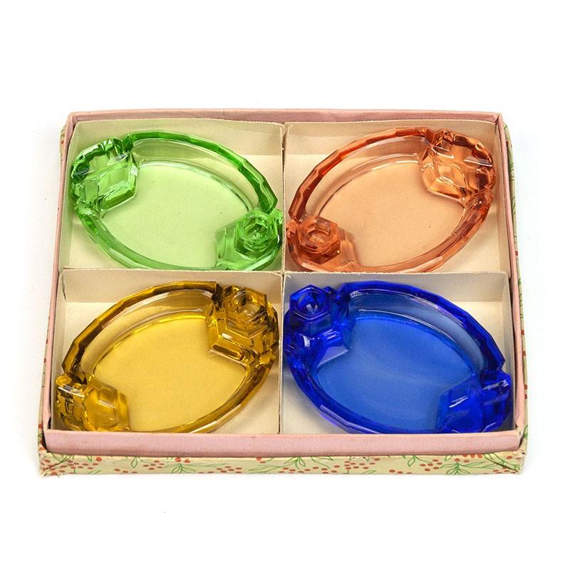 Set of 4 vintage glass ashtrays in box