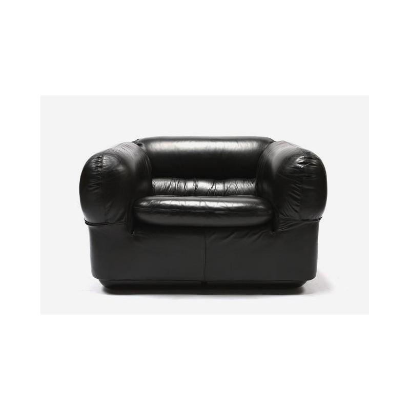 Armchair dark brown