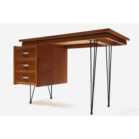 Bureau in de stijl van Cees Braakman