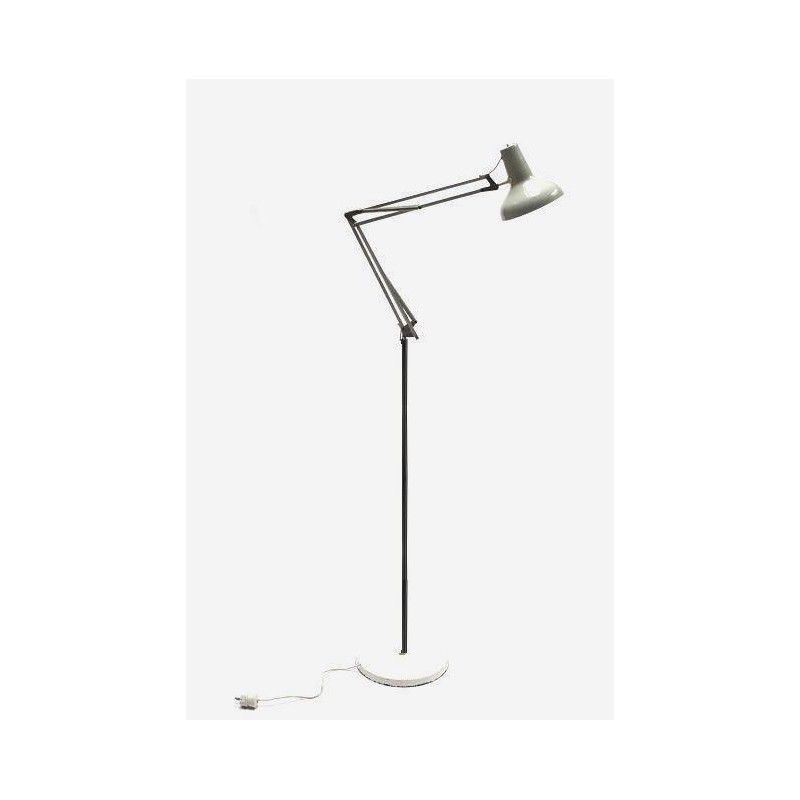 Standing architect lamp
